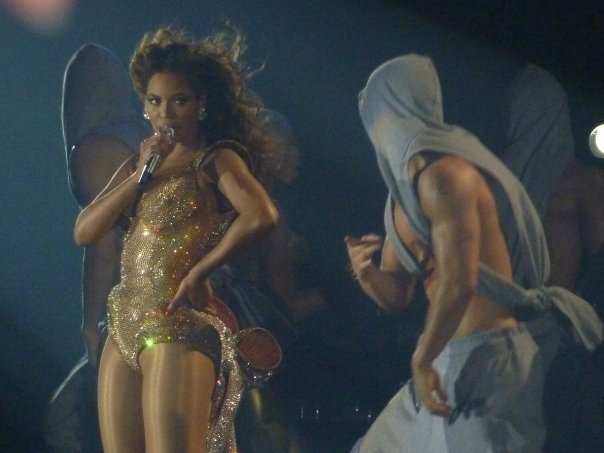 DANCELIFE AT BEYONCE CONCERT IN SYDNEY