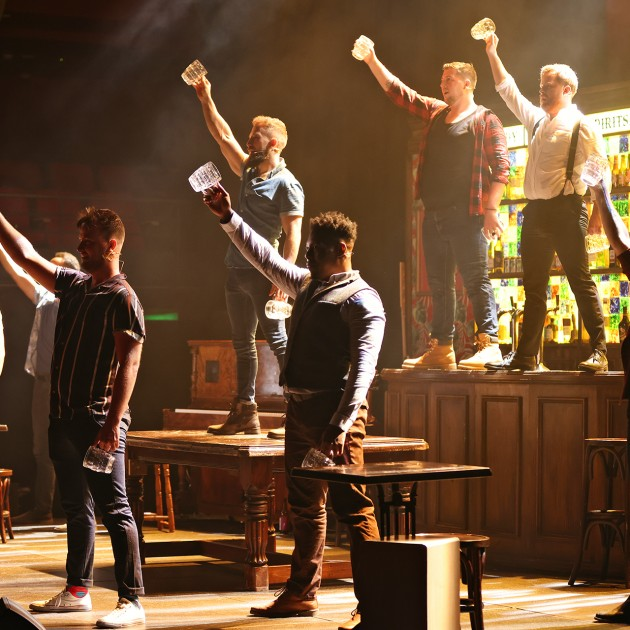 REVIEW | The Choir of Man